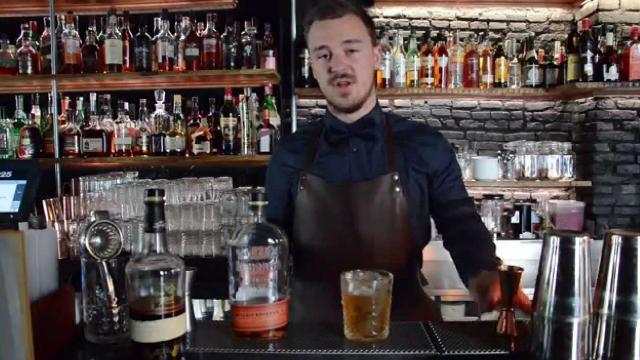 bartender, Ted Dako